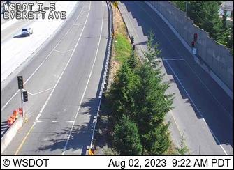 I-5 at MP 194: Everett Ave
