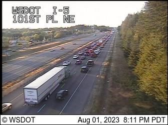 I-5 at MP 201.5: 101st Pl NE