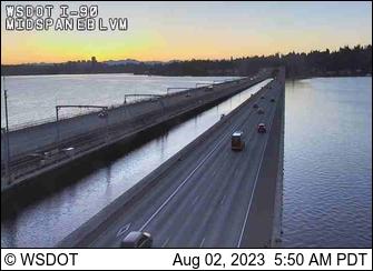 I-90 at MP 5: Floating Bridge Midspan