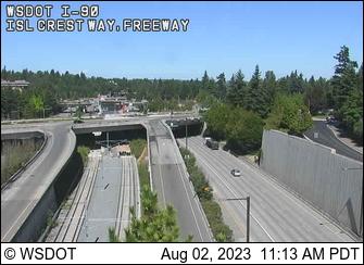 I-90 at MP 7.1: Island Crest Way