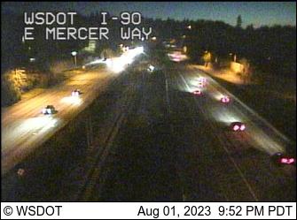 I-90 at MP 8.3: E Mercer Way