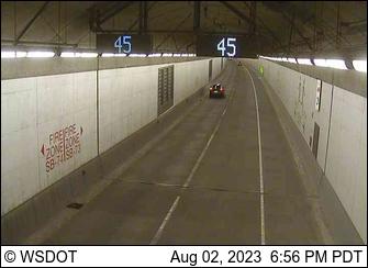 SR 99 at MP 31.8: SB Tunnel, North end