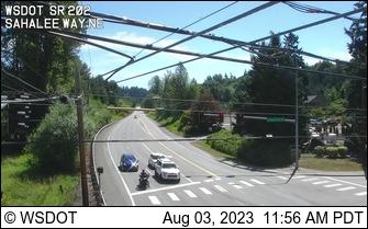 SR 202 at MP 10.2: Sahalee Way