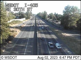 I-405 at MP 6.5: NE 30th St