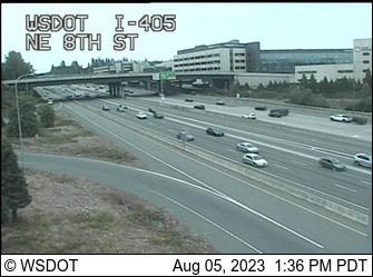 I-405 at MP 13.8: NE 8th St