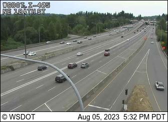 I-405 at MP 20.3: NE 124th St