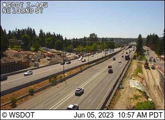 I-405 at MP 20.9: NE 132nd St