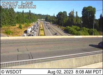 I-405 at MP 26.7: SR 527, Median