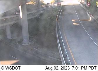 I-5 at 133.7: SB I-705 to NB I-5/SB SR 7, Elevated