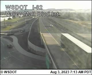 Valley Mall Blvd Interchange on I-82 @ MP 36