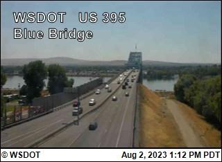 US 395 at MP 19.2: Blue Bridge