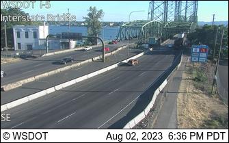 I-5 at MP 0.32: Interstate Bridge
