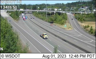I-5 at MP 7.3: 134th St