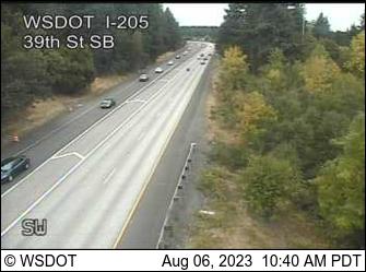 I-205 at MP 30.3: 39th St SB