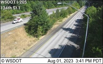 I-205 at MP 36.8: 134th St Camera 1